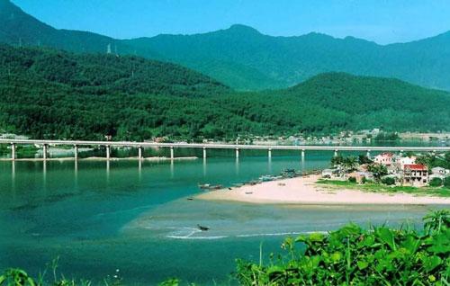 Tour Du Lịch VQG Bạch Mã – Biển Lăng Cô 4 Ngày 3 Đêm